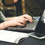 Laptop kopen voor school of studie? Expert helpt je verder
