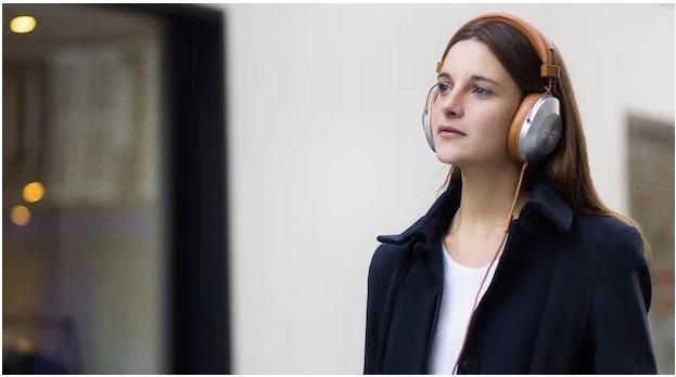 Over-ear-koptelefoon kopen? Expert helpt je verder!