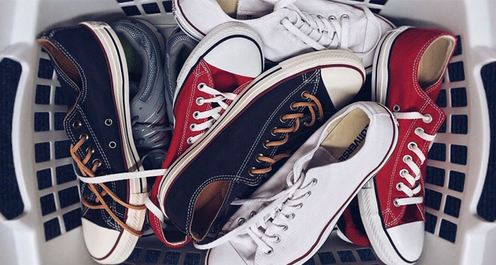 Sneakers in de wasmachine: do's en don'ts | Expert