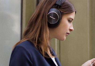 Pioneer koptelefoon | Te koop bij Expert
